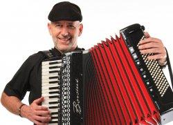 Christian Fürst, Klavier, Akkordeon, Keyboard, Gesang, Hochzeitsmusik, Tanzmusik, Swing, Bandleader,