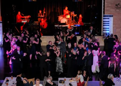 Tanzband Voices And Music bei Ball in St. Georgen an der Gusen, Mühlviertel Tänzer