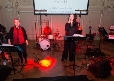Maturaball im Palais Linz mit Tanzband Voices And Music Mühlviertel OÖ