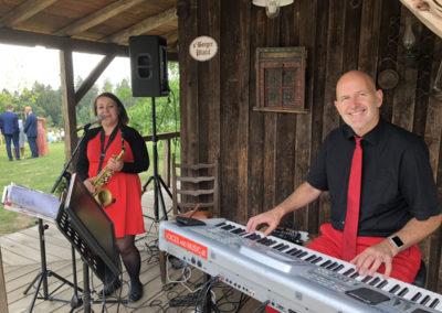 Musik bei Agape, Hochzeitsmusik Voices And Music im Duo Saxofon, Gesang und Klavier