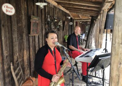 Hochzeit mit Musik bei Agape, Voices And Music im Duo Saxofon, Sängerin und Klavier