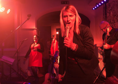 Partyband Voices And Music im Vedahof