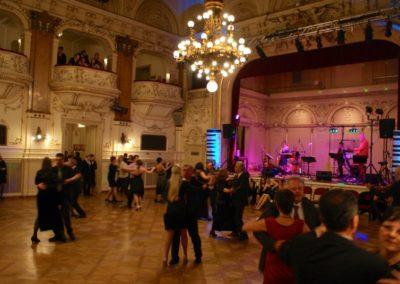 ballmusik__voices_and_music__tanzmusik__tanzband__linz__o__tanzschule__palais_kaufmaennischer_verein__stimmungsmusik_529d0a61af249