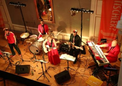 ballmusik_tanzmusik_band_voices_and_music_redoutensle_linz_54d879ae51745