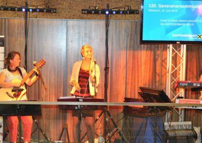 band_trio_dinnermusik_partymusik_firmenfeier_event_musik_saengerin_5587ba01bcfc2
