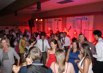Hochzeitsband mit Sängerin, Tänzerinnen Tänzer Stimmungsmusik