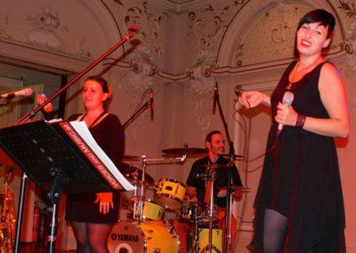 kathi_maxwald__helene_irauschek__othmar_hametner__christian_fuerst__voices_and_music__tanzband__partyband__stimmung__coole_musik__ballmusik_529d0a6d48f1e