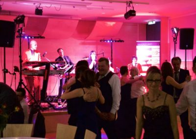 liveband_coverband_musik_sngerin_54d879cee280f