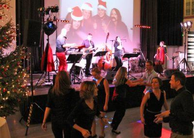 Firmenfeier weihnachtsfeier tanzen, mitsingen, Tänzer, voices and music, musiker