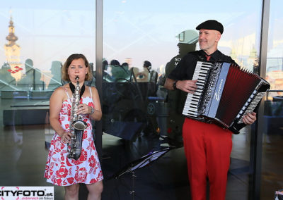 saxofon_akkordeon_swing_jazz_latin_voices_and_music_55ec805bd2d13