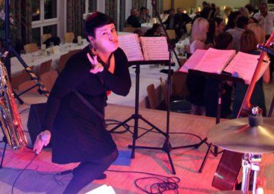saxofon_saengerin_gitarre_livemusik_partymusik_helene_voicesandmusic_weihnachtsfeier_hochzeitsmusik_5431973c0b0fb