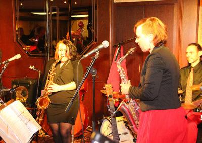 saxofon_sangerinnen_musikband_vocies_and_music_569bae59aa8c9