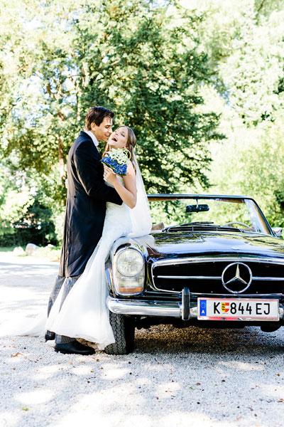 Hochzeitsband Oberösterreich, Hochzeitsmusik OÖ, Voices And Music, Brautpaar mit Gästen, Tanzband Hochzeit Linz , Trauung, Agape, Sektempfang