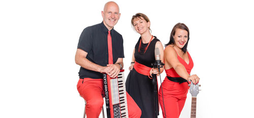 Voices And Music Trio mit Gesang, Saxofon, Gitarre, Keyboard, Musiker, Tanzmusik