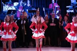 Perg Faschingsball Tanzmusik Tanzband Oberoesterreich Gardemaedchen