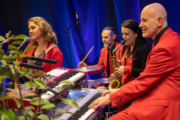 Musiker, Band fuer Firmenfeier, Event,  Jubilaeum, Firmenfest