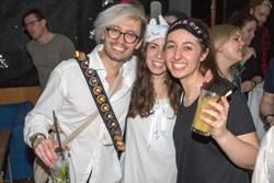 2 Maechen, 1 Mann Fasching Gschnas Partyband Voices And Music Musikband
