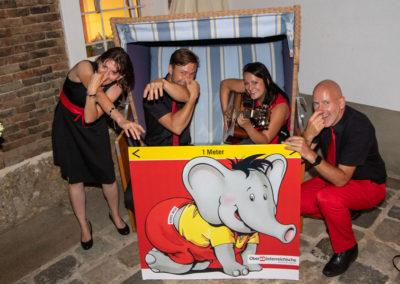 Babyelefant bei Hochzeit-mit-Voices-And-Music
