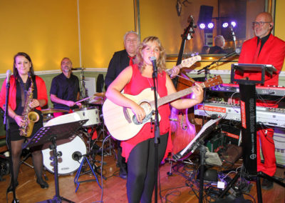 VOICES AND MUSIC Musikband bei Hochzeitsfeier in Wels