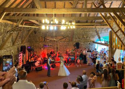 Eröffnungstanz Hochzeit-Voices-And-Music Hochzeitsgäste